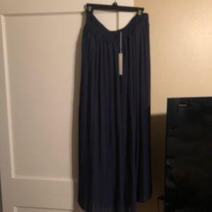 Lauren Conrad maxi Skirt- dark blue